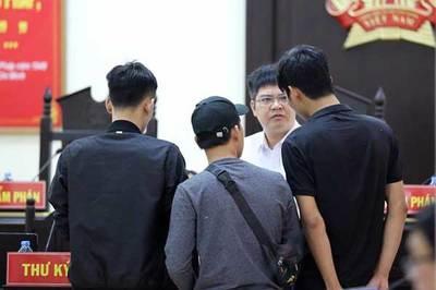 Không đến tòa, Phan Sào Nam có thể bị triệu tập bất ngờ