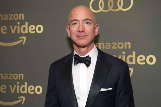 tỷ phú giàu nhất thế giới,tỷ phú,Jeff Bezos,Mark Zuckerberg,Bernard Arnault,Amazon,Facebook