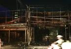Cửa hàng thời trang, mắt kính cháy ngùn ngụt trong đêm ở Sài Gòn