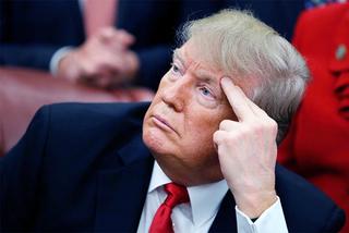 Ông Trump có thoát nổi tình cảnh 'tứ bề thọ địch'?