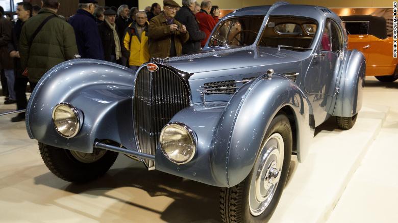 Siêu xe Bugatti 19 triệu USD đắt nhất hành tinh đã về tay đại gia