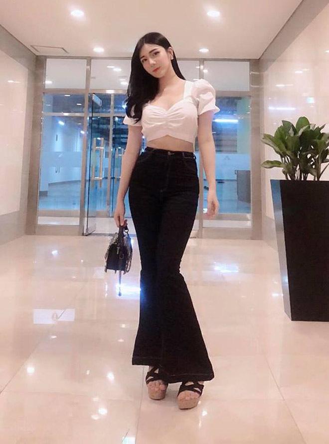 Thanh Bi: 'Với công việc của tôi vẫn có thể mặc áo 20cm đi làm'