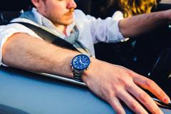 Đồng hồ thể thao năng lượng mặt trời Casio 'đốn tim' phái mạnh