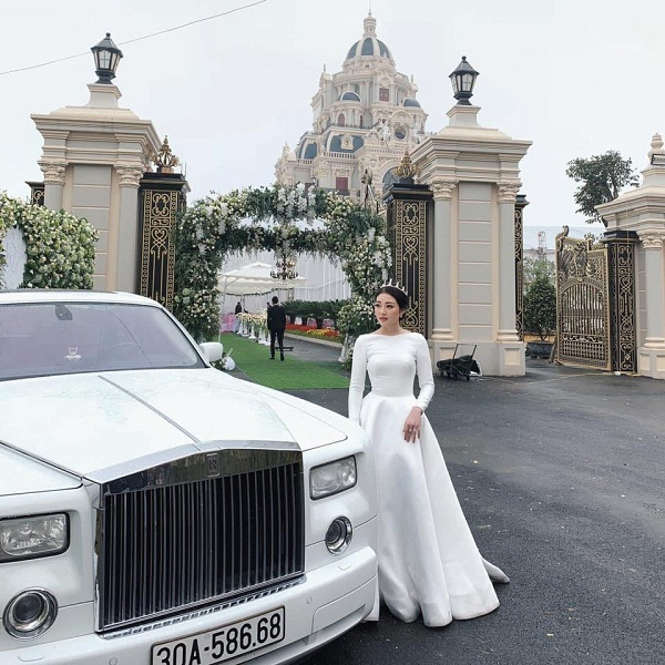Rời tòa lâu đài 7 tầng, con gái đại gia Nam Định sống ra sao?