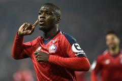 MU tranh Pepe với Arsenal, Man City vớ bẫm nhờ Sancho