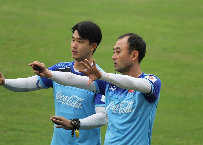 U23 Việt Nam thiếu quân, thầy Park gặp dàn trợ lý 'khủng'