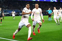 Chiếu chậm màn lật đổ khó tin của MU trên sân PSG