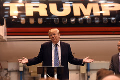 Tài sản của Tổng thống Trump hiện ở đâu trong bảng xếp hạng Forbes