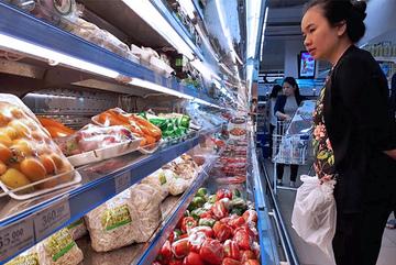 Giá điện tăng, xăng lên mạnh: Đắt đỏ mớ rau con cá , lo mâm cơm nhà dân