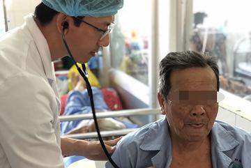 Kỳ tích, cứu sống cụ ông 92 tuổi bị nhồi máu cơ tim