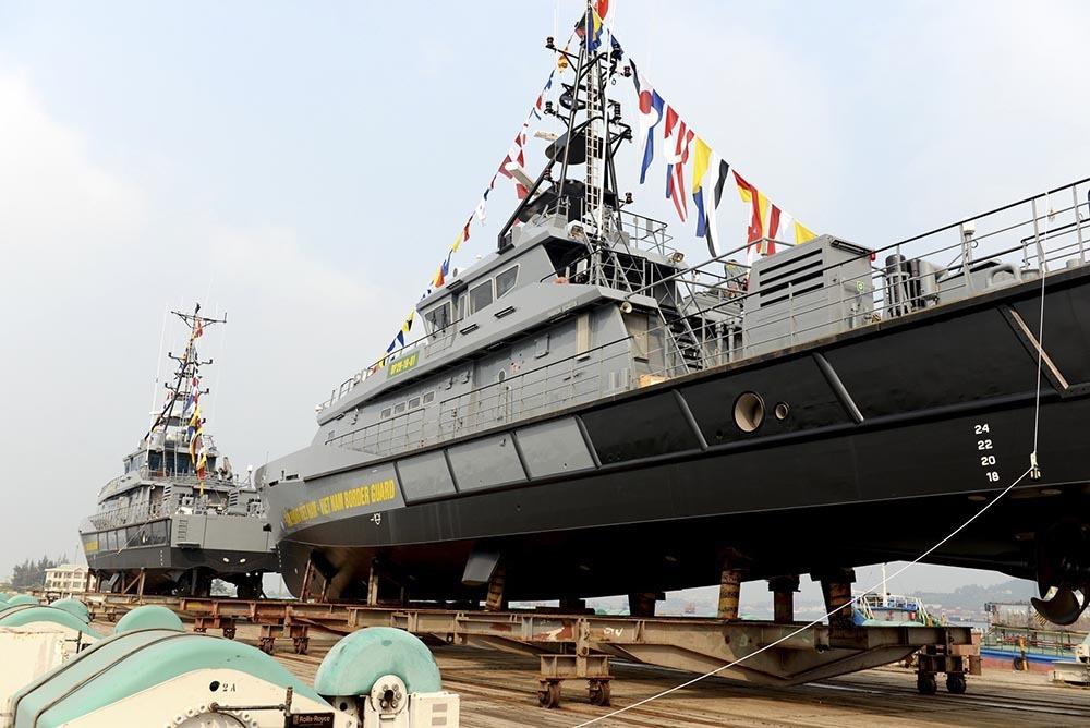 Hạ thủy 2 tàu tuần tra cao tốc hiện đại