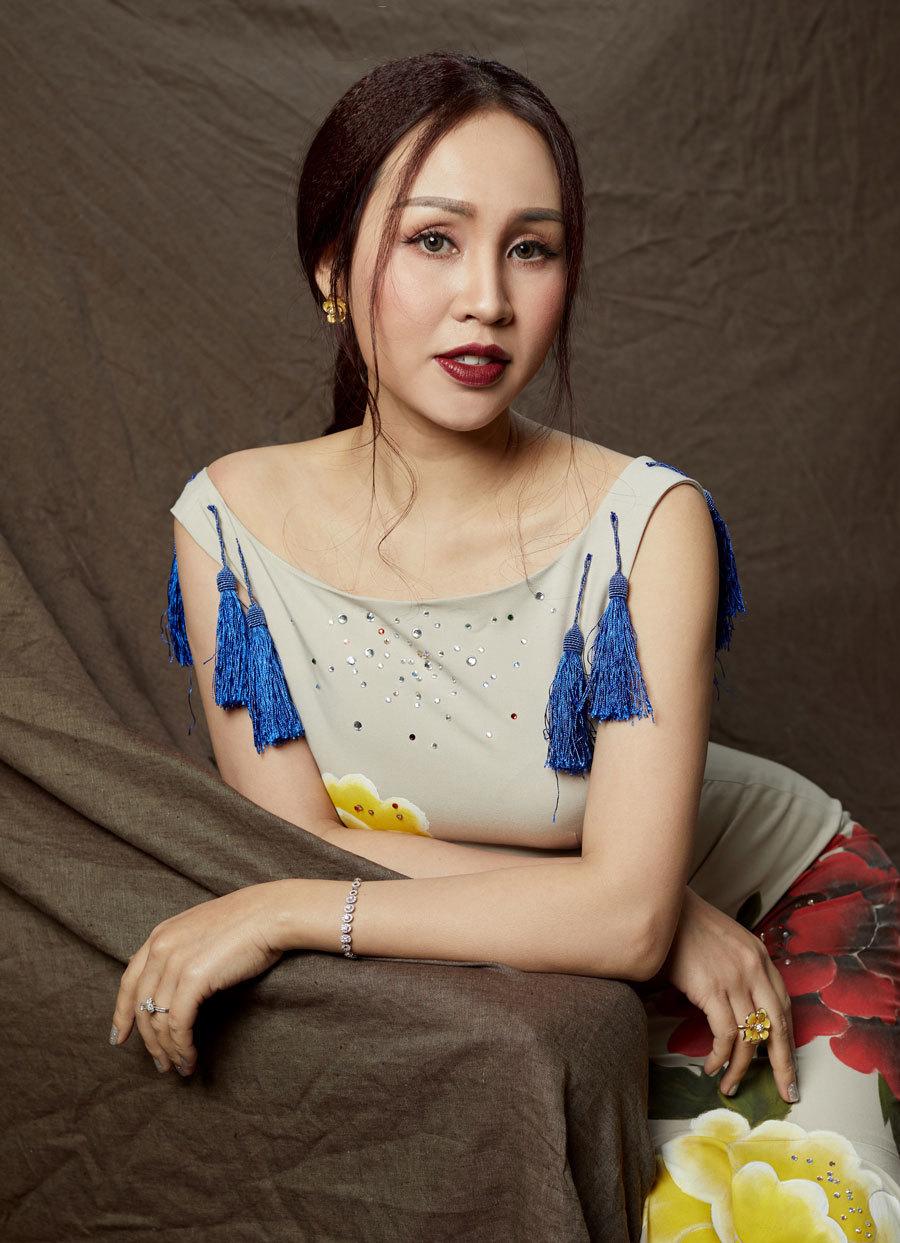Sao Mai Khánh Ly ra MV tặng phụ nữ đơn thân ngày 8/3