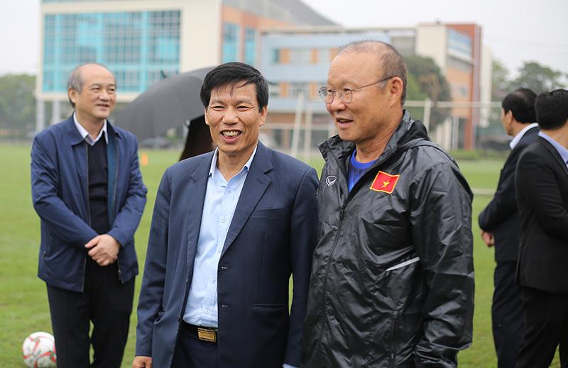 Thầy Park nhận lệnh giành HCV SEA Games ngay trên sân tập