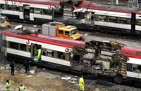 Ngày này năm xưa: Đánh bom đẫm máu trên tàu hỏa