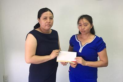 Gần 35 triệu đồng trao cho bé Hồng Nhã Mi
