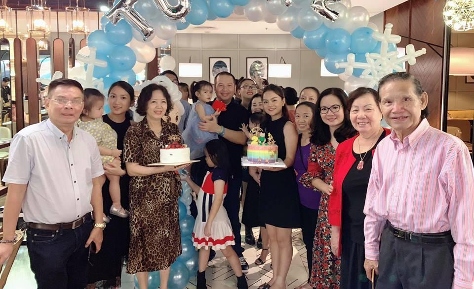 Phạm Quỳnh Anh rạng rỡ bên Quang Huy mừng sinh nhật con gái