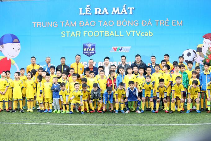 Dàn sao dự ra mắt trung tâm bóng đá của Như Thành