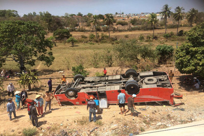 Vụ xe khách lao xuống vực ở Mũi Né: Tài xế đã tử vong