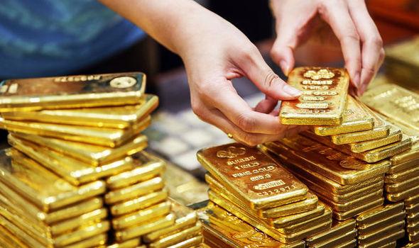 Giá vàng hôm nay 1/2, hướng tới 1 tuần tăng mạnh nhất