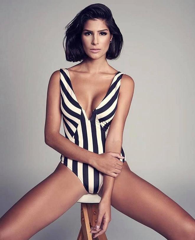 Vẻ gợi cảm cuốn hút của Hoa hậu Brazil mới đăng quang