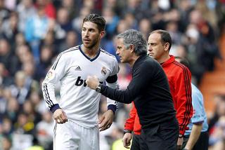 """Bốn sao bự Real phản đối Mourinho ngồi lên """"ghế nóng"""""""
