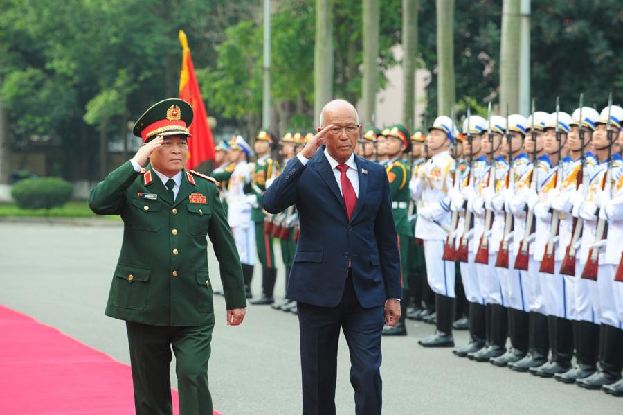 Lễ đón Bộ trưởng Quốc phòng Philippines thăm chính thức Việt Nam