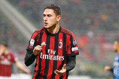 """MU """"bốc"""" hậu vệ cánh Milan, đã rõ tương lai Mbappe"""