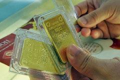Giá vàng hôm nay 15/3: Tin xấu dồn về, vàng giảm từ đỉnh