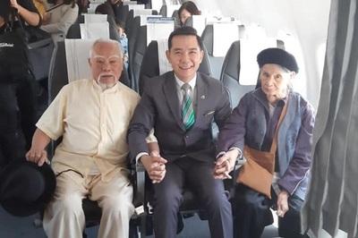 Cụ ông 91 tuổi 'chơi lớn', rút tiết kiệm đưa vợ con du lịch Nha Trang