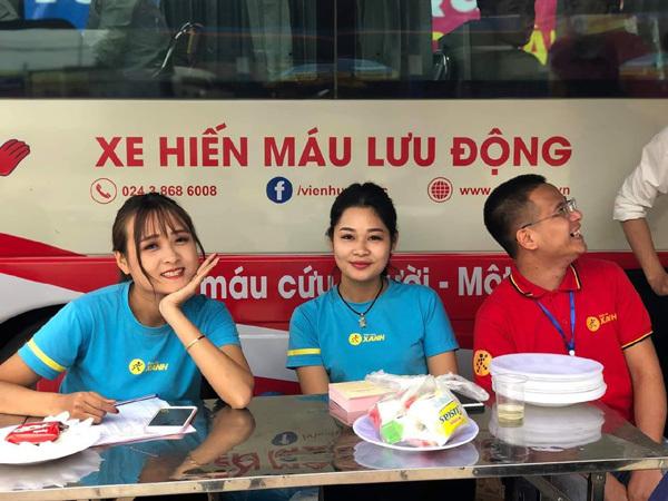 Cách nhân viên Điện Máy Xanh 'đốn tim' dân mạng