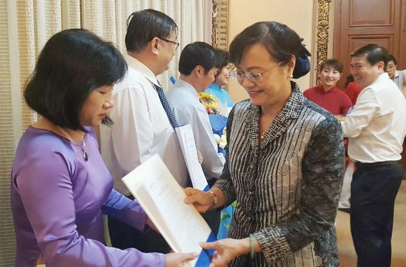 nhân sự,Nguyễn Thành Phong,TP.HCM,Nguyễn Thị Quyết Tâm