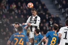 Phát lại màn trình diễn khiến cả thế giới gọi tên Cristiano Ronaldo