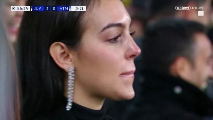Bạn gái bật khóc khi Ronaldo lập hat-trick vào lưới Atletico