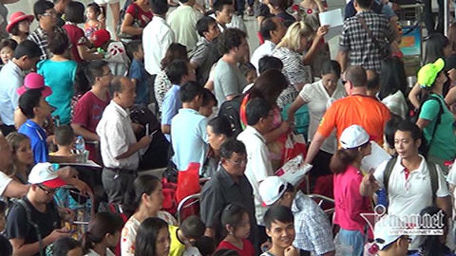 Sân bay Tân Sơn Nhất, Nội Bài: Những vị trí bét bảng