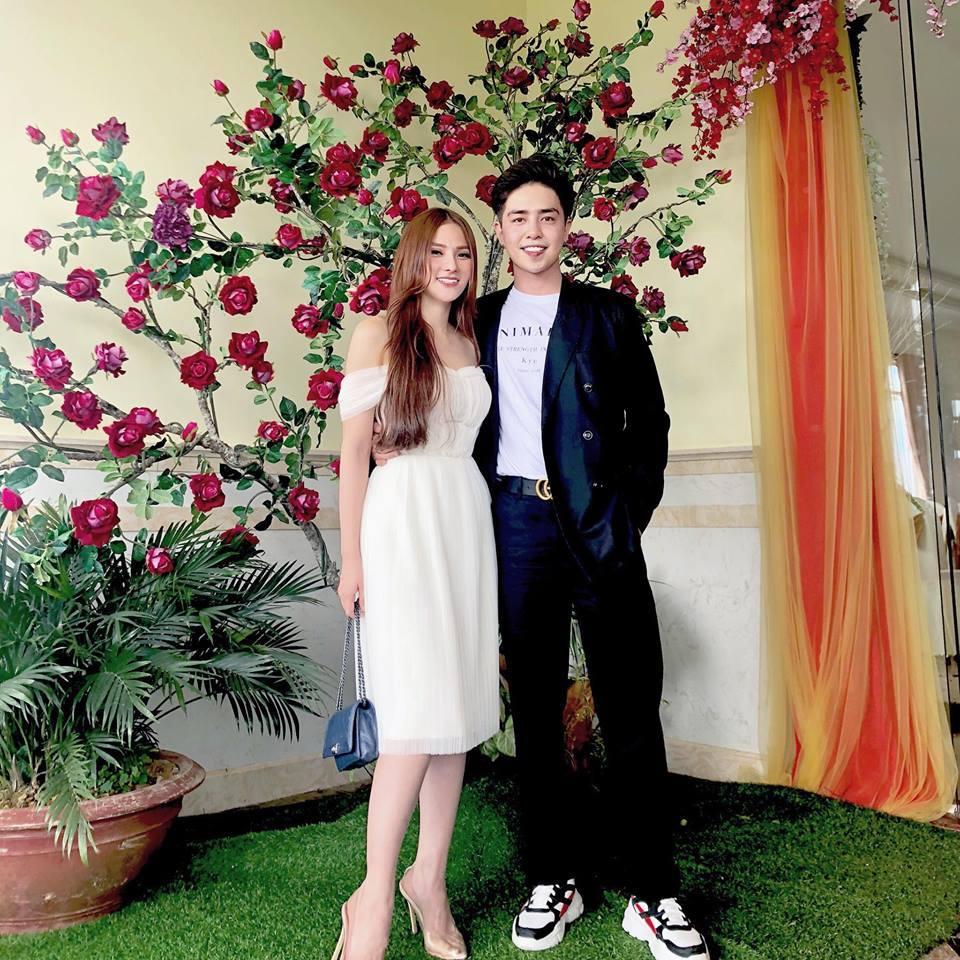 Chân dung 'phi công trẻ' được Thu Thủy ra mắt gia đình sau ly hôn chồng cũ yêu 17 năm