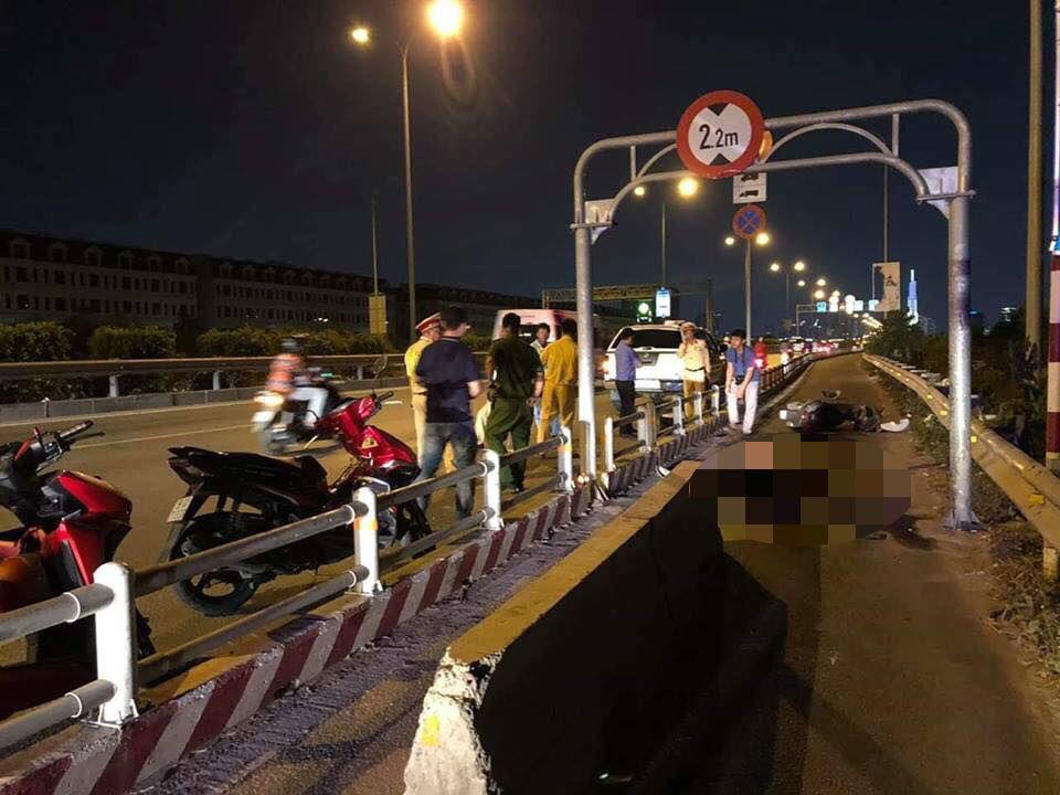 Thanh niên chết giữa đường: Lắp dải bê tông để 'bảo vệ' người đi xe máy