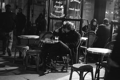 Paris nên thơ trong những khung hình đen trắng