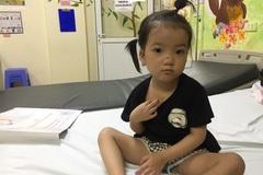 Bé Nguyễn Nhật Hạ được hỗ trợ mổ tim miễn phí
