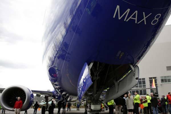 Thế giới 24h: Boeing 737 MAX bị cấm cửa