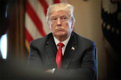 Ông Trump cấm bay Boeing 737 Max 8, hãng sản xuất khốn đốn