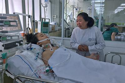 Sản phụ nguy kịch cần 300 triệu cứu sống
