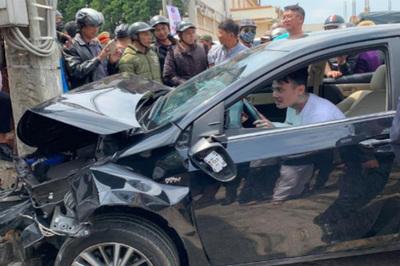 Việt kiều ngáo đá cắn công an, tông xe liên hoàn dương tính với ma túy