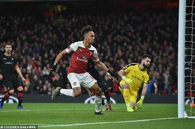 Kết quả bóng đá hôm nay 15/3: Chelsea, Arsenal đi tiếp