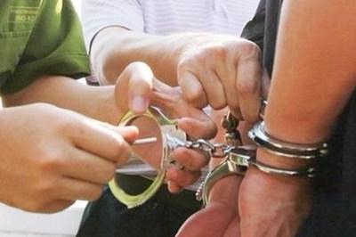 Bắt giam Trưởng ban Dân vận Huyện ủy ở Bình Thuận