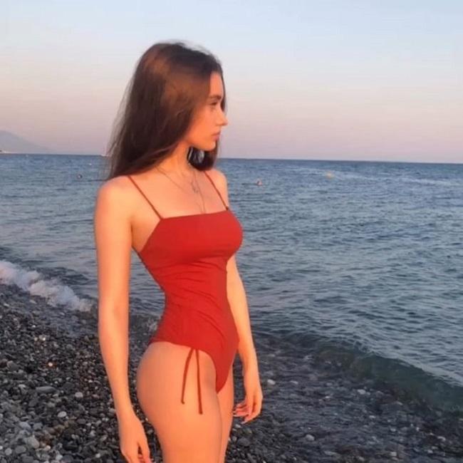Hot girl,Vòng eo