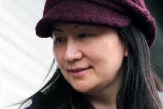 Trước khi bị bắt, nữ giám đốc Huawei đã kiếm việc khác