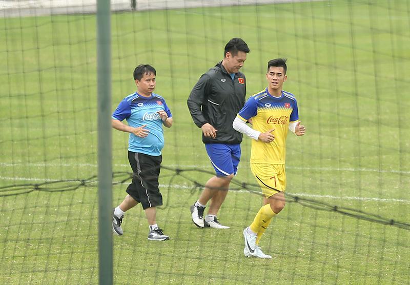 Danh sách U23 Việt Nam: Đình Trọng, Tiến Linh ở lại