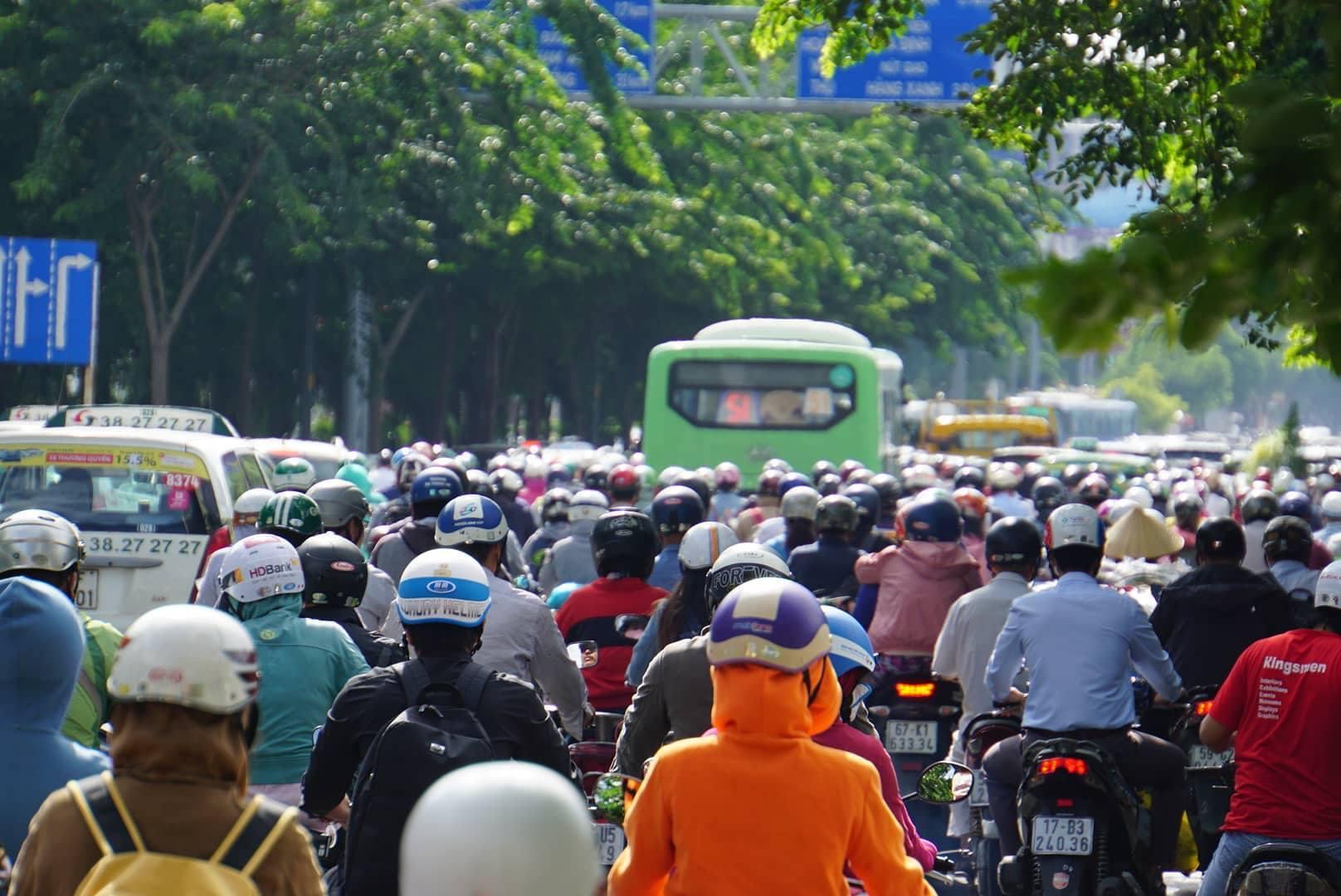 cấm xe máy,tắc đường