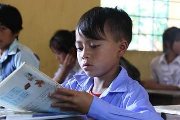 """""""Bộ Giáo dục nên chừa chỗ trống để giáo viên, trường học...điền vào"""""""