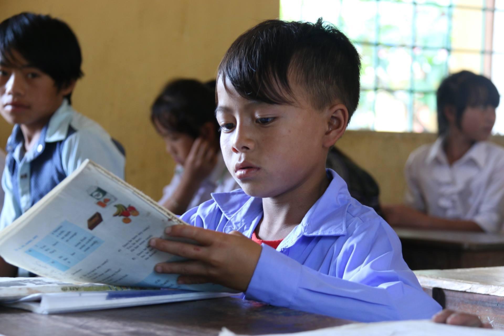 'Bộ Giáo dục nên chừa chỗ trống để giáo viên, trường học...điền vào'